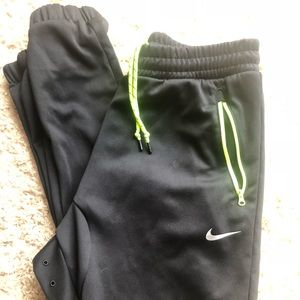 Never Worn men's Nike athletic joggers